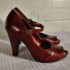 Shiny dark red open toe heels